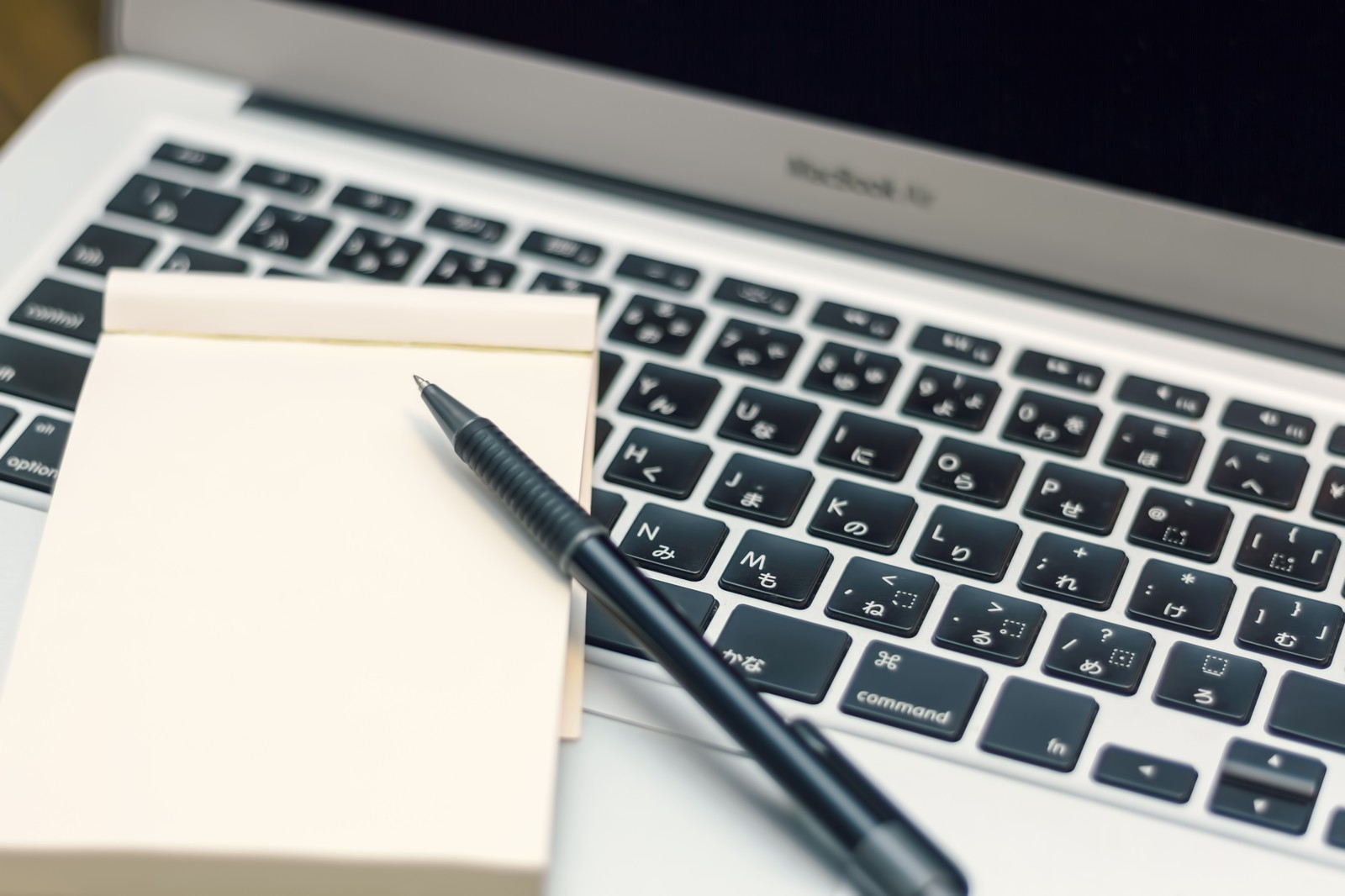ホームページ改善のための5ステップ。分析の手順~改善策の優先順位の付け方まで解説