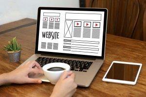 集客力に影響大。デバイス(画面解像度)ごとのホームページのレイアウトに注意しよう